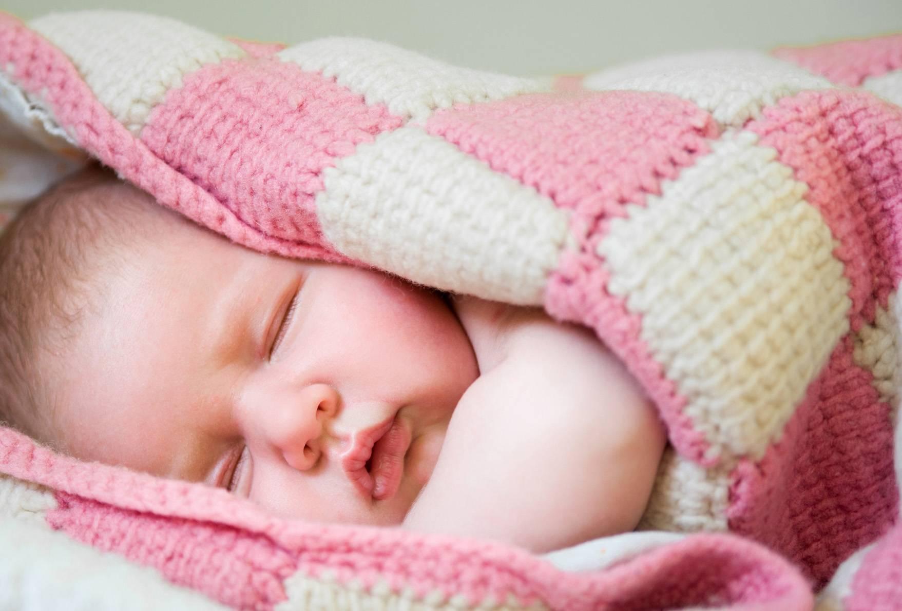 Почему ребенок 5 лет сильно потеет во сне