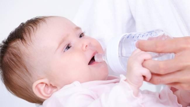 Как давать укропную воду детям и взрослым - показания, дозировка и рецепты приготовления в домашних условиях