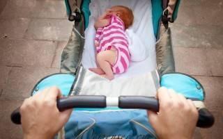 Когда и сколько гулять с новорожденным?
