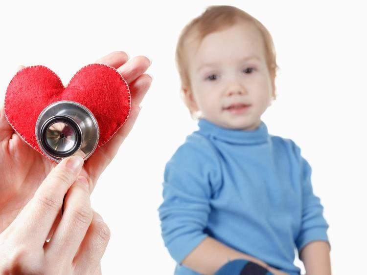 Порок сердца у новорожденных: характеристика, причины появления, симптомы и лечение