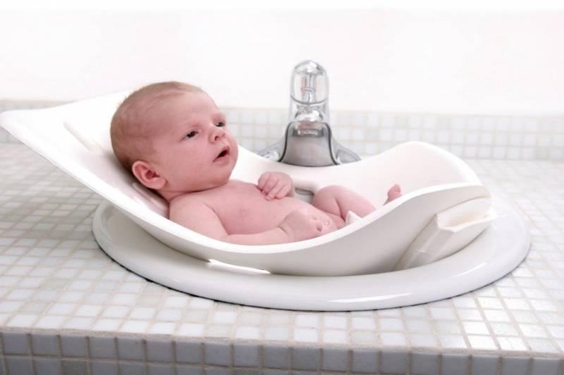 Как подмывать новорожденного мальчика