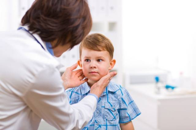 В чем опасность головной боли у ребенка?