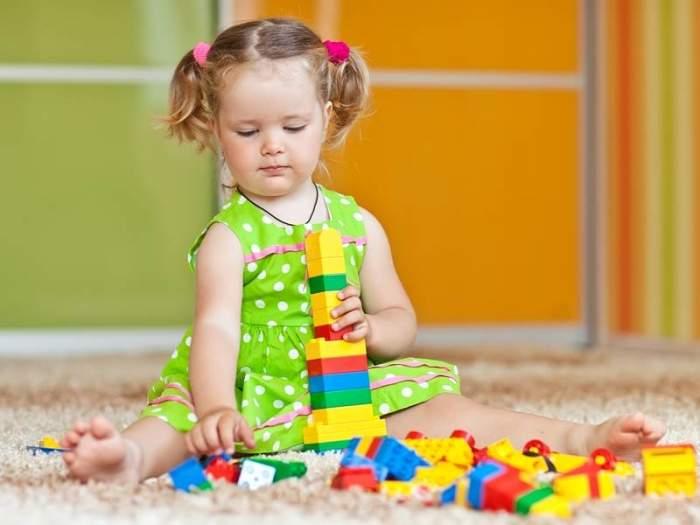 Игрушки до года | метки: ребенок
