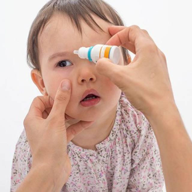 Ребенок 3 года говорит что болят глаза