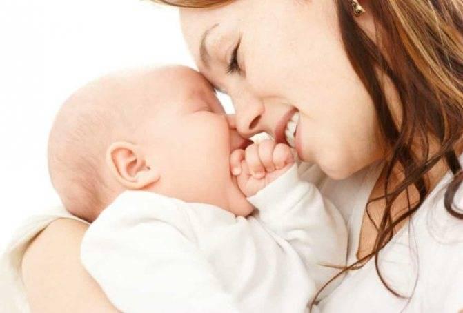 Ребенок не берет грудь психует и плачет 2 месяца
