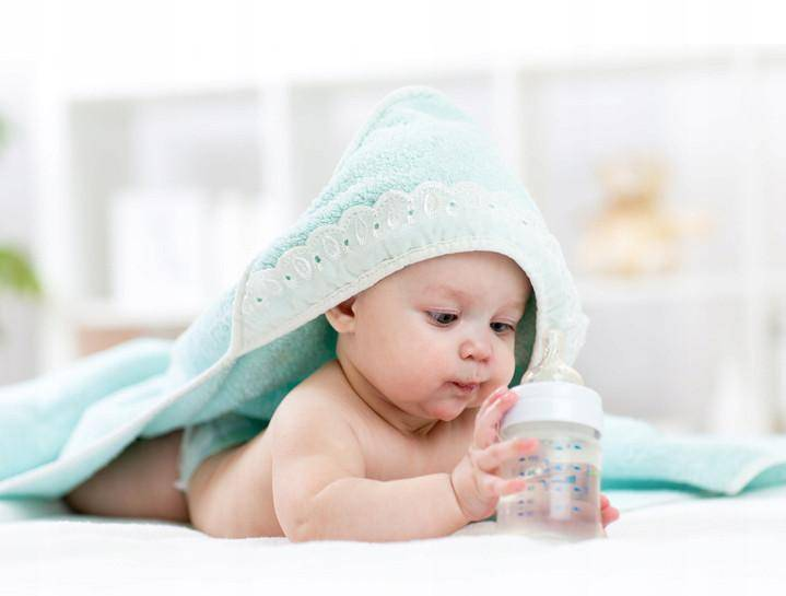 Когда можно давать водичку грудному ребенку