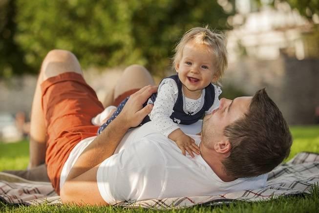 Правильный уход за новорожденным в первый месяц жизни