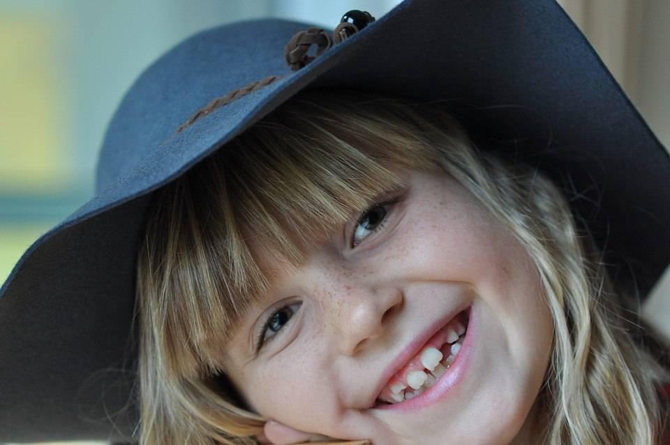 Порядок прорезывания зубов у детей: схема, последовательность, сроки и другие аспекты + фото