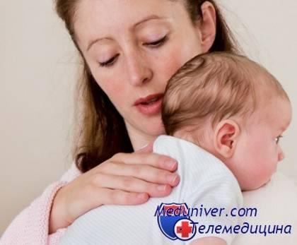 Почему грудничок «становится на мостик»? разбираемся в проблеме выгибания спины малышом