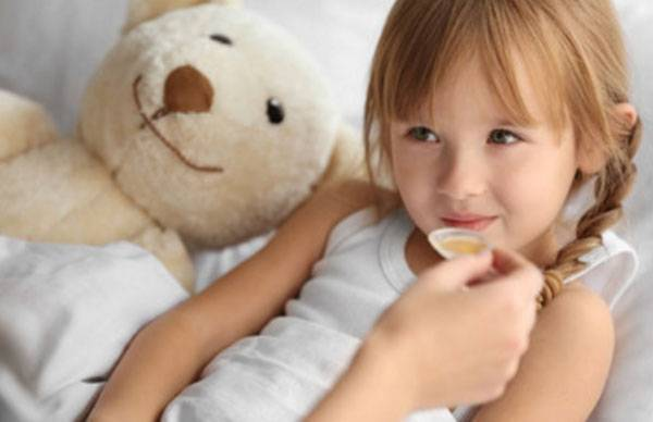 Обтирание водкой при температуре у ребенка — польза и вред процедуры