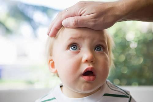 Что делать с кашлем? лечим кашель у ребенка. сильный кашель у ребенка: сухой и лающий кашель, не откашливается мокрота