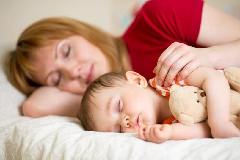 Как приучить ребенка засыпать в кроватке ,скоро 3 мес.