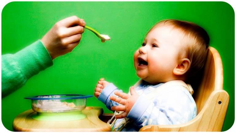 Первая каша для прикорма с 4 месяцев: советы педиатора