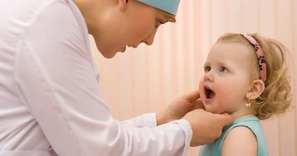 Комаровский - увеличенные лимфоузлы на шее у ребенка, лимфаденит (9 фото): увеличенные лимфоузлы на шее у с одной стороны