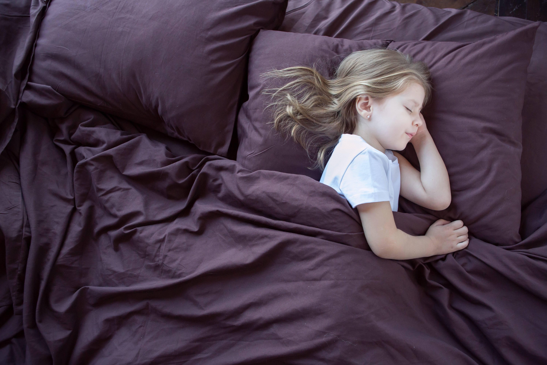 Может ли грудничок заразиться от мамы или другого ребенка, как его уберечь