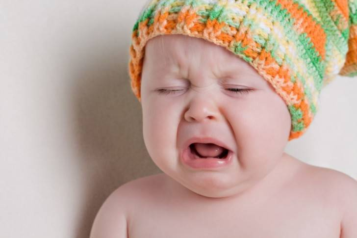 У ребенка холодные руки и ноги при нормальной температуре: причины и последствия