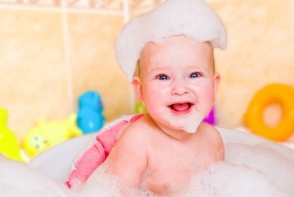 Когда можно купать ребенка после прививки акдс?