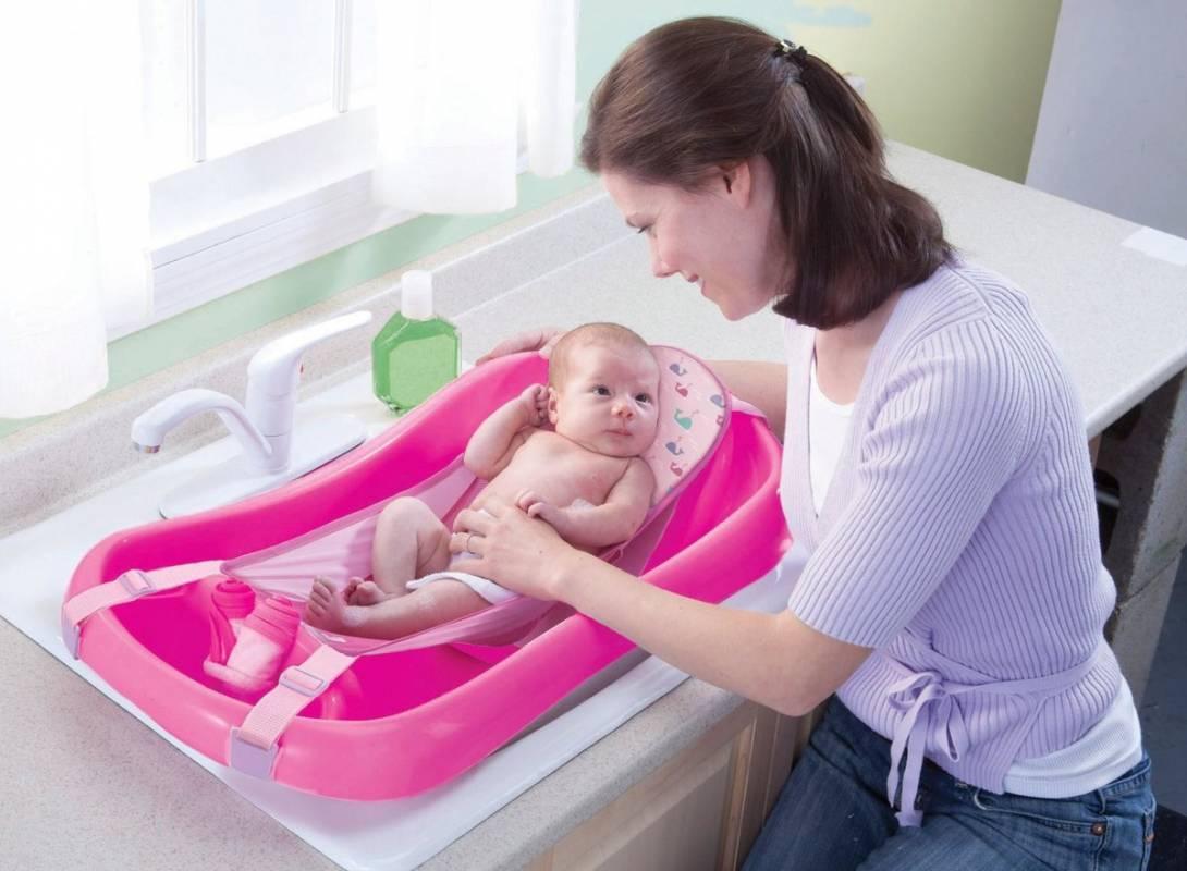 Какую ванночку для купания новорожденных выбрать