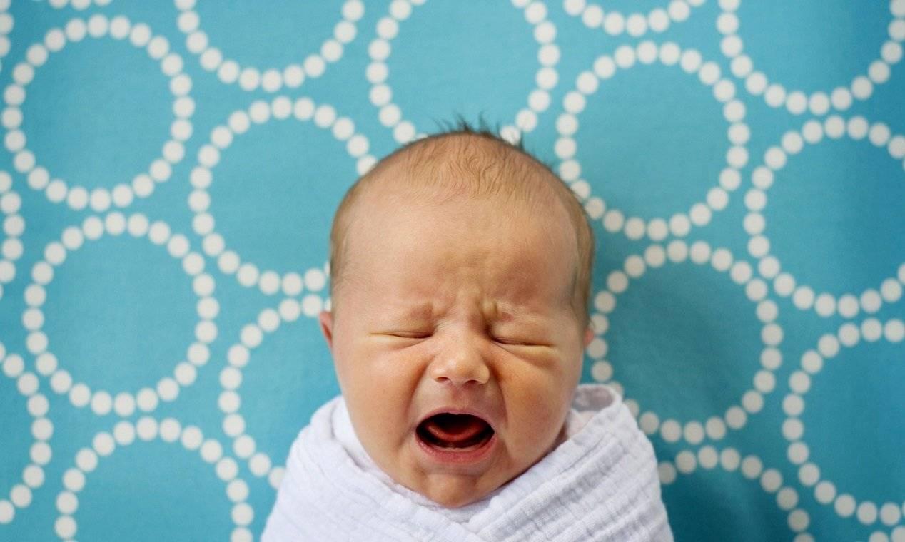 Ребенок капризничает у груди во время кормления - капризничает при грудном вскармливании - запись пользователя анастасия (zykerka86) в сообществе грудное вскармливание в категории отказ от груди - babyblog.ru