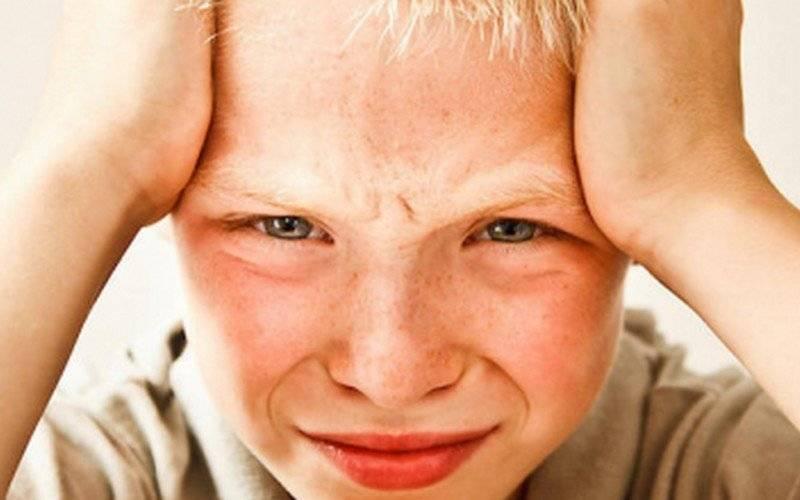 Ребенок чешет руки и ноги причины. аллергический зуд у детей – как помочь ребенку