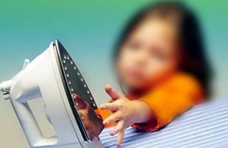 Что делать и чем обработать ожог у ребенка в домашних условиях