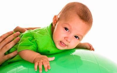Гимнастика для ребенка 3-4 месяцев