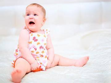 Отсутствие сна новорождённого после кормления