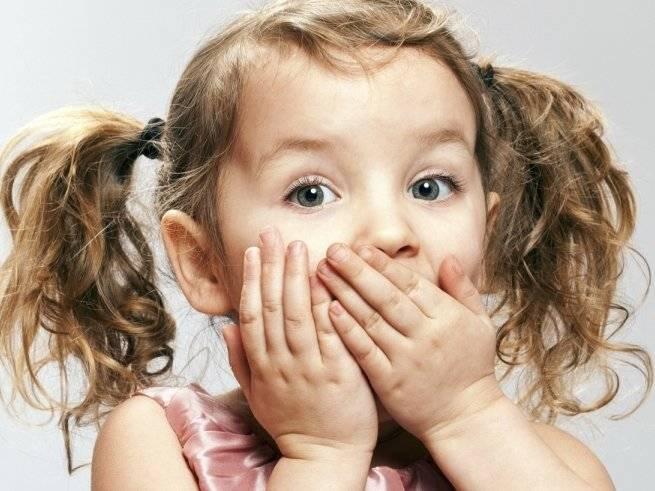 Сладковатый запах гнили изо рта у ребенка до года