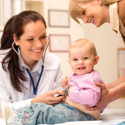 Каких врачей пройти в 1 год ребенку?