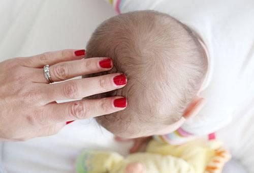 Расскажите, как подробно вычесывать корочки на голове у малыша?? - как вычесать корочку на голове у ребенка - запись пользователя в мире ощущений (nastyaa) в дневнике - babyblog.ru