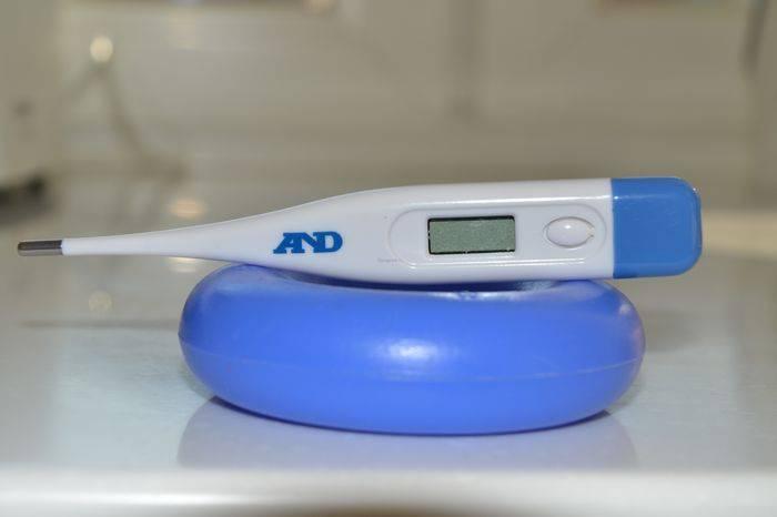 Как измерить температуру у новорожденного? секреты мастерства