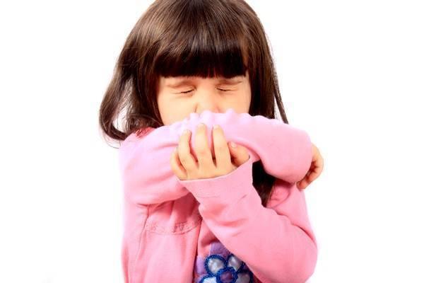 Причины удушающего (удушливого) кашля со спазмами и как избавиться от приступов