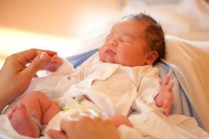 Первые дни ребенка, ребенок после рождения