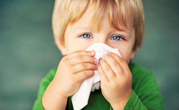 Причины появления желтых соплей у ребенка. принципы лечения