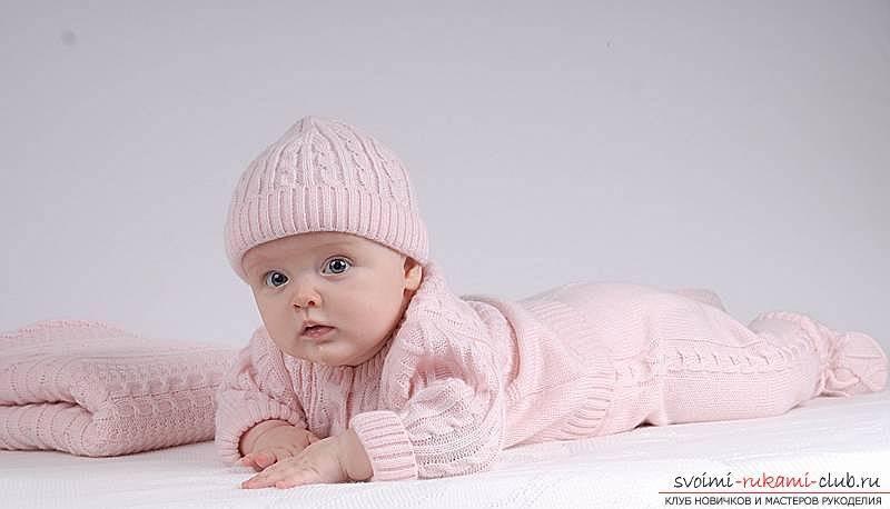 Вязаные вещи для новорожденных. схемы с описанием, модели для мальчиков, девочек