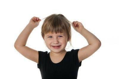 Причины того, почему у ребенка плохо растут волосы. рецепты ускорения роста
