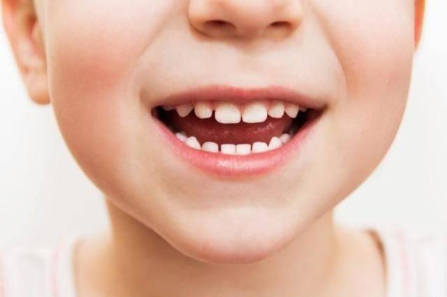 Кашель и сопли у ребенка без температуры при прорезывании зубов у детей