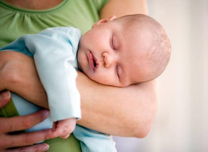 Чем опасно сильно укачивать ребенка?(( - можно ли сильно укачивать на руках грудничка - стр. 1 - запись пользователя алиса (id1367443) в сообществе здоровье новорожденных в категории неврология - babyblog.ru