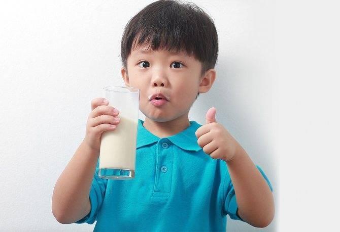 С какого возраста давать ребенку свеклу: можно ли в 8 месяцев, со скольки до года нельзя, когда грудничку во время вскармливания вводить в прикорм отварную и как?