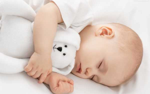 Можно ли грудничку спать на животе?