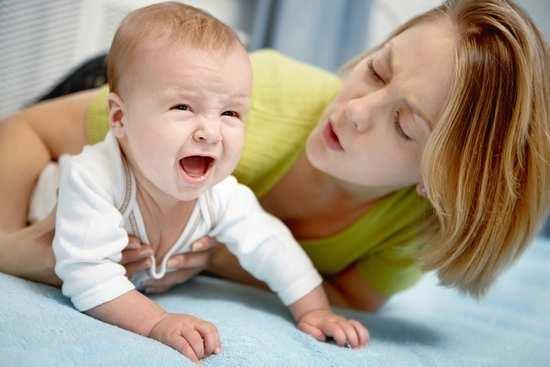 Почему трясется (дрожит) подбородок у новорожденных, грудничков и детей старше