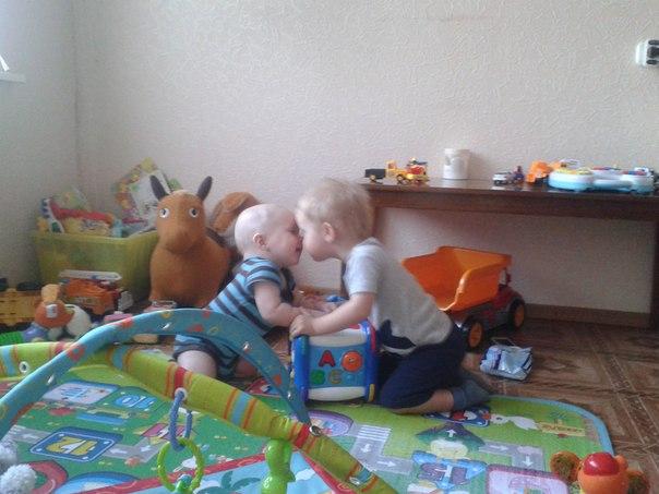 8,5 месяцев. ползает. встает, но не сидит. - запись пользователя светлана (o-ova) в сообществе здоровье новорожденных в категории ортопедия - babyblog.ru