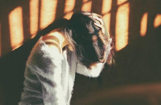 Почему у ребенка часто болит голова и что делать?