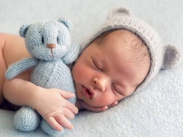 Новорожденный: лечить или пройдет? 7 вопросов неврологу