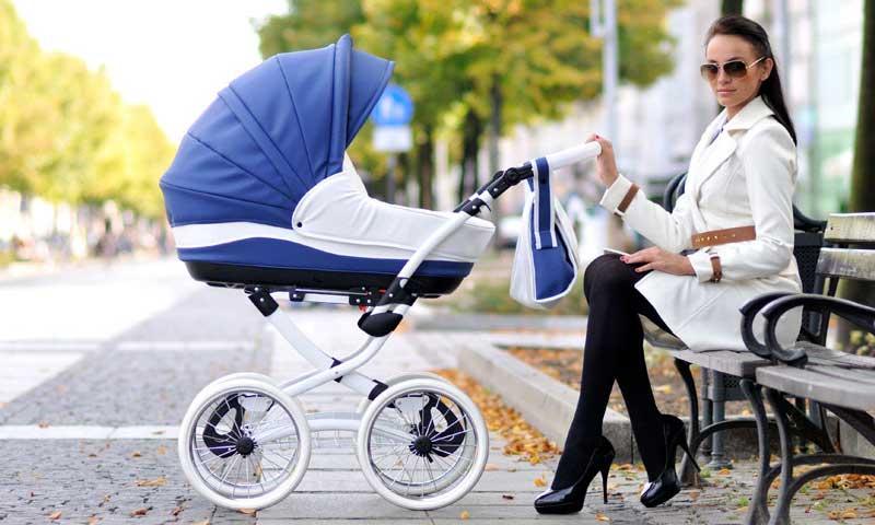 Какую коляску выбрать для новорожденного?
