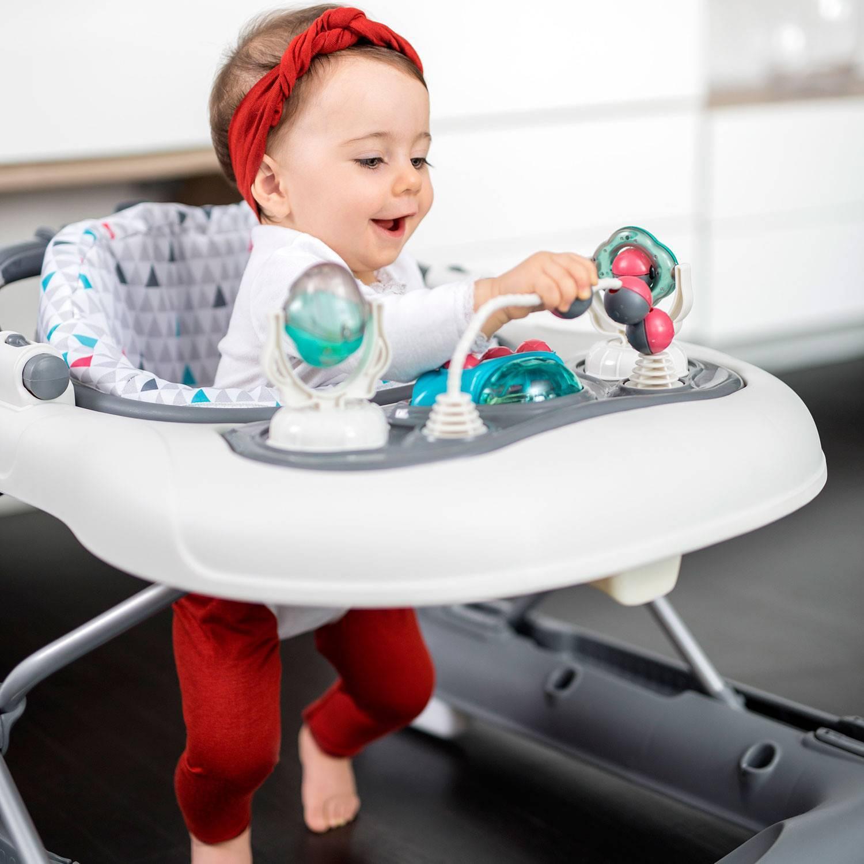 Если ребенок ходит на цыпочках: возможные причины и рекомендации специалистов