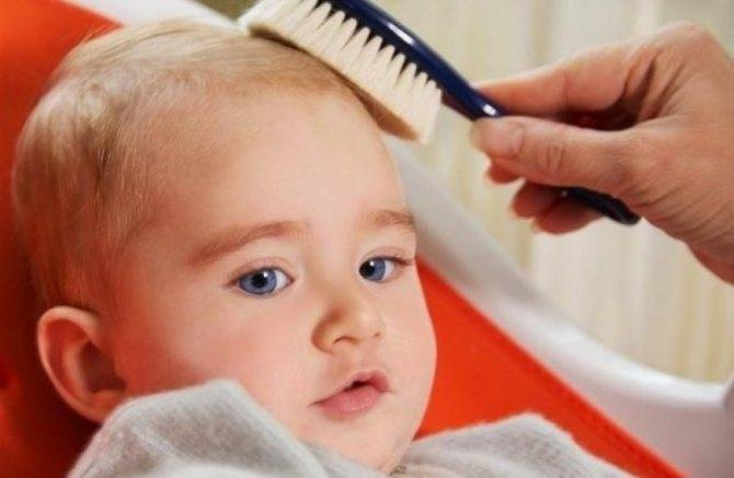 У ребенка за ушами шелушится кожа