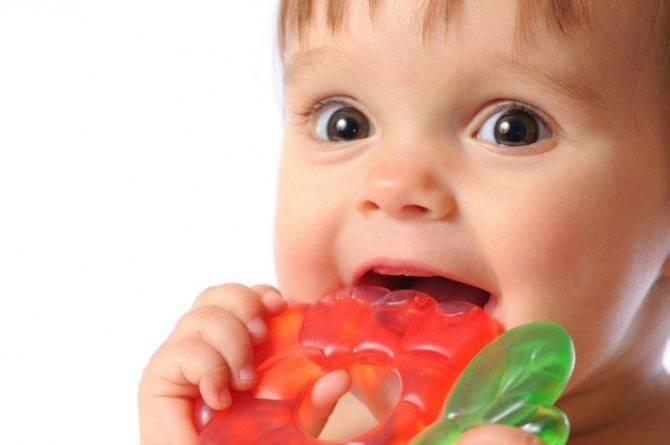 В помощь родителям: простуда у грудничка и детей до года. как распознать и что делать