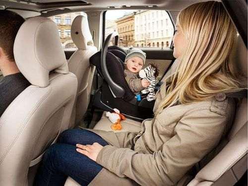 Как садить ребенка в автолюльку зимой