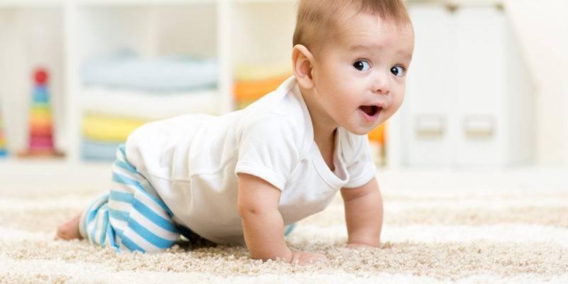 Развитие ребёнка в 7 месяцев: рост, вес и навыки малыша